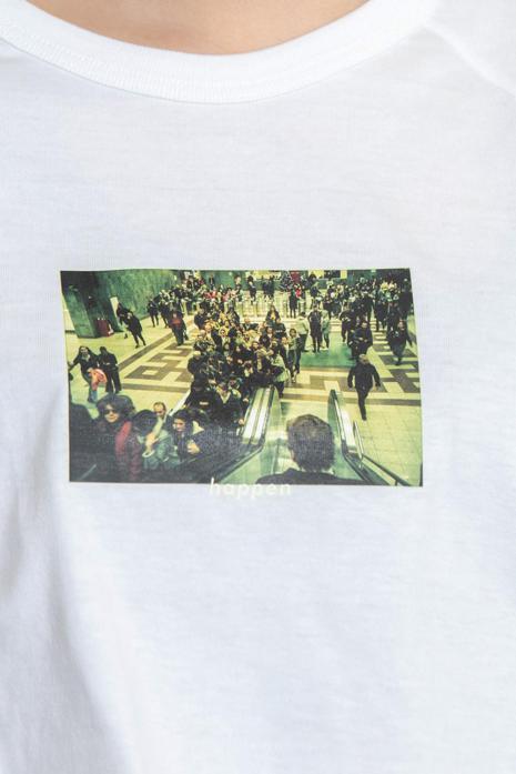 Greece【Crowded escalators】