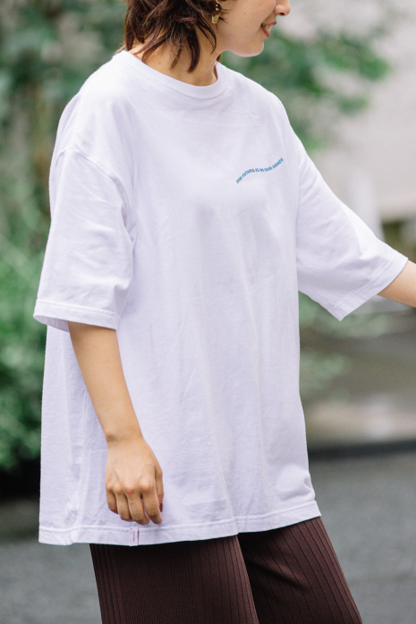 big silhouette TEE -hands sky-<br>MCT200801WHT